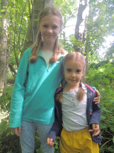 Buddies at Forest School 033