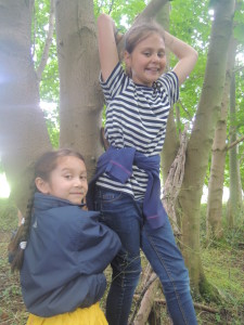 Buddies at Forest School 073